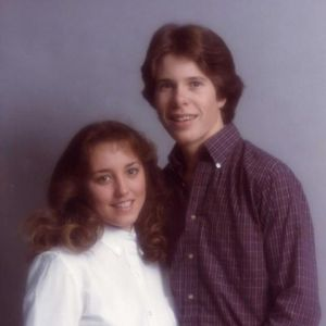Michelle and Jim Bob Duggar at the time of their marriage, ages 17 and 19 respectively.